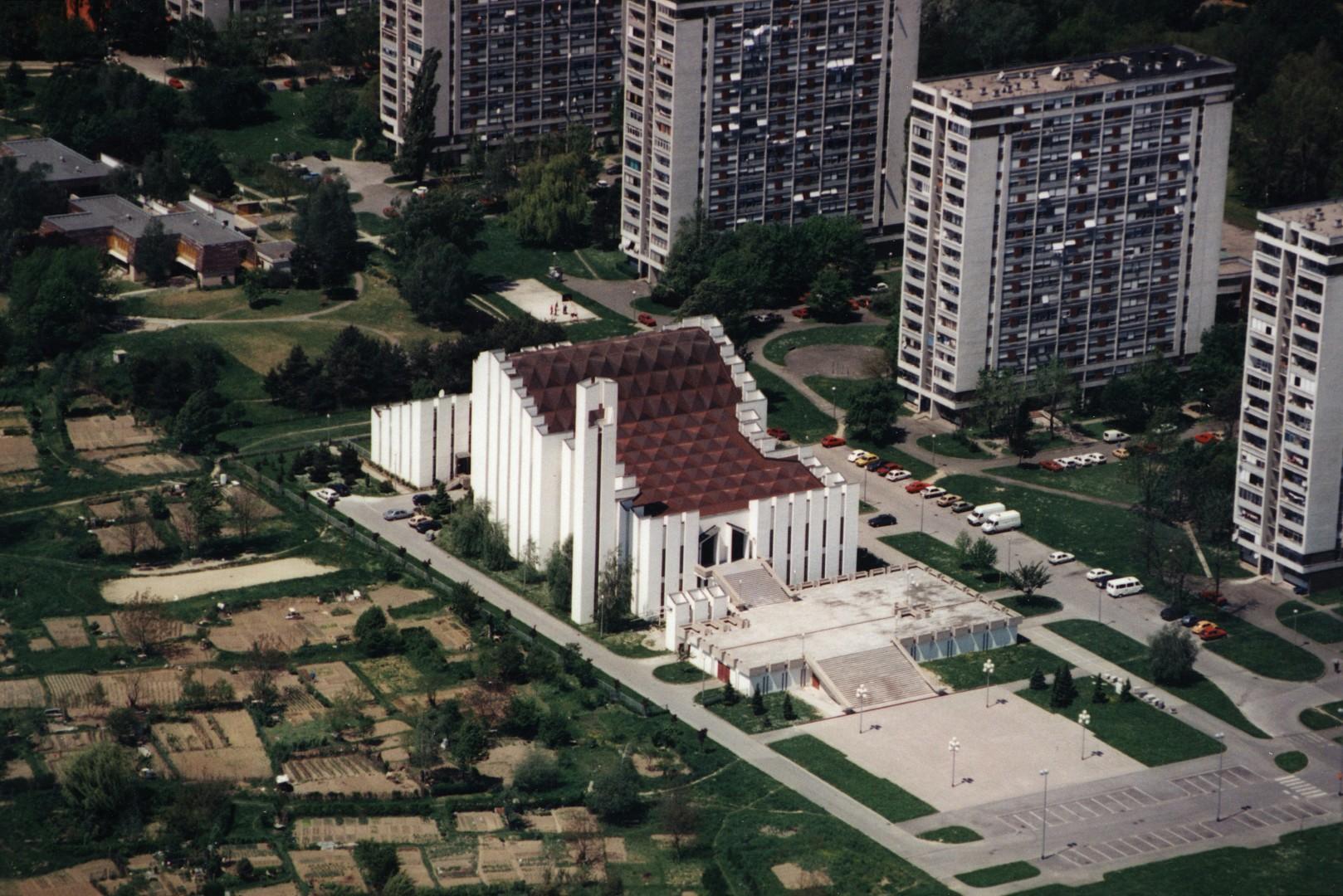 crkva2 (Large)